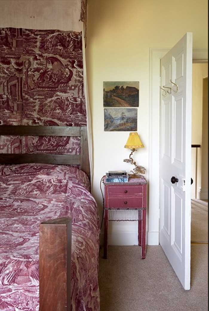 traditionelle Country Schlafzimmer Toile De Jouy Betthimmel